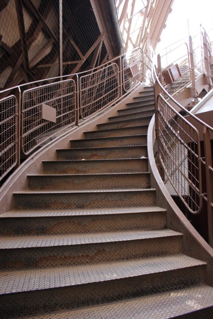 Eiffel Tower Stairs : Climbing the eiffel tower steps to top of paris