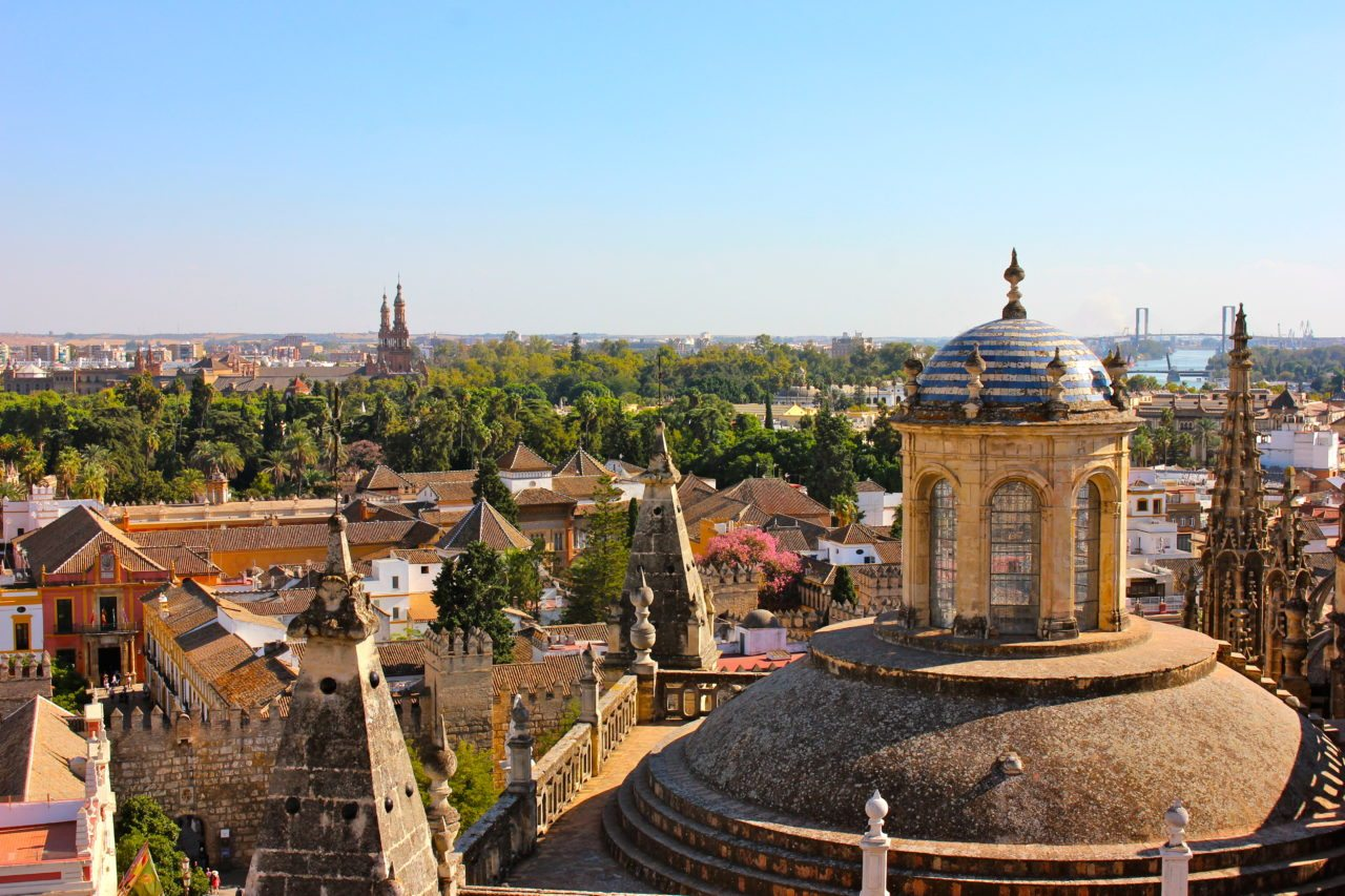 seville-cathedral-bell-tower-view